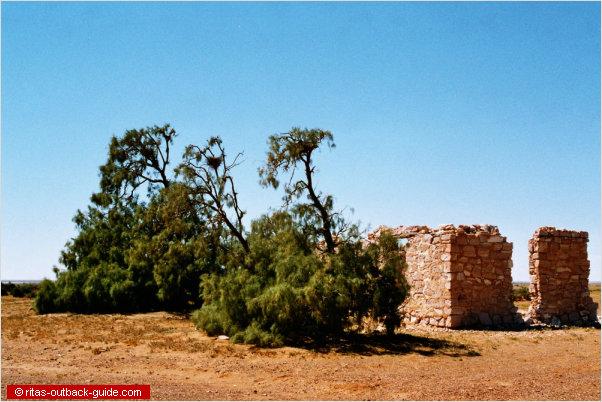 lake harry ruins
