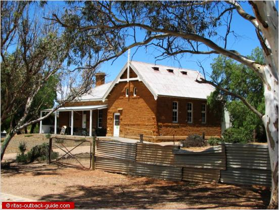old school building in the flinder ranges