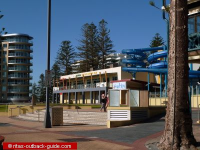adelaide apartments beach hotels in glenelg south australia. Black Bedroom Furniture Sets. Home Design Ideas