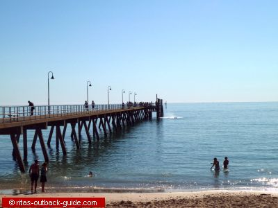 Adelaide apartments beach hotels in glenelg south australia for Buffalo motor inn glenelg