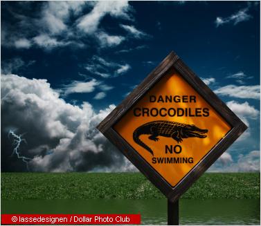warning sign no swimming
