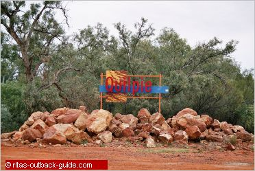 town sign quilpie