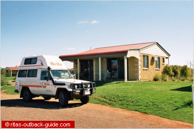modern cabin in thargomindah