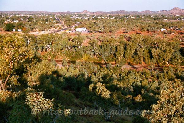 View over Cloncurry from Rotary Lookout