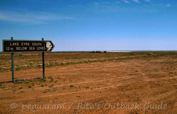 Lake Eyre access sign