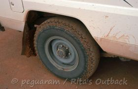 Get tips about the road conditions on the Oodnadatta Track