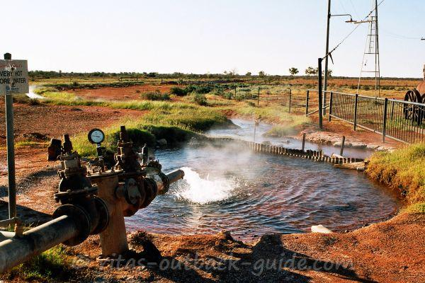 An Artesian bore is the water supply of Thargomindah