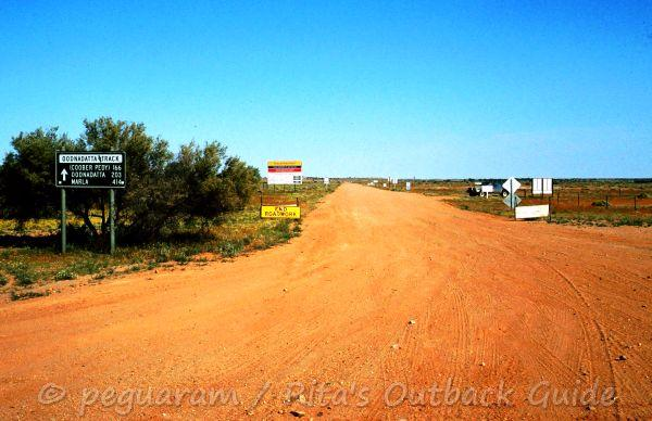View from William Creek to the Oodnadatta Track